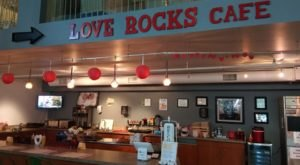 Love Rocks Cafe Near Pittsburgh Is A Favorite Among Book Lovers