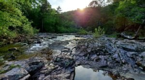 This 6-Mile Hike In Missouri Is Full Of Beautiful Natural Pools