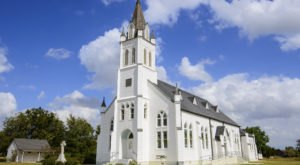 Visit The Small Town In Texas That Has A Beautiful Church On Practically Every Corner
