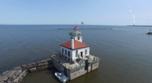 There's Nothing More Charming Than This On-The-Water Lighthouse Tour In New York