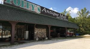 Poppy's Antique Mall And Flea Market Is A Charming And Out Of The Way Missouri Destination