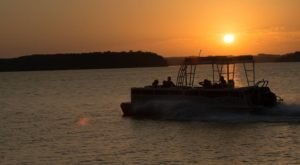 Take A Relaxing Sunset Cruise At This Gorgeous Arkansas Lake