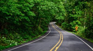 These 9 Scenic Drives Tour Every Beautiful Corner Of Arkansas