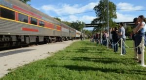 Few People Know That Kids Ride Free On This Scenic Railroad In Ohio For A Whole Month