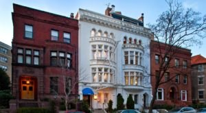 Stay The Night Inside This Charming 19th-Century Washington D.C. Inn For A Memorable Getaway