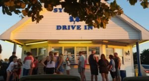 This All-American Drive-In In Indiana Is Not To Be Forgotten