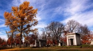 The Mt. Olivet Cemetery Is One Of Nashville's Spookiest Cemeteries