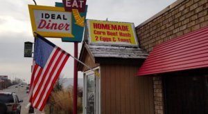 This Little Diner In Minnesota Only Has 14 Seats But It's So Worth The Wait