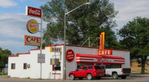 This Cafe In A Tiny Utah Town Is A Throwback To Simpler Times
