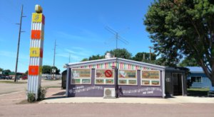 Music Lovers Will Adore This Funky Little Diner In Small-Town Minnesota