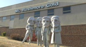 You Will Want To Take A Tour Of The Mt. Rushmore Black Hills Gold Factory In South Dakota