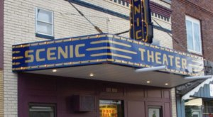 You Can Still See Movies At The Century-Old Scenic Theater In North Dakota