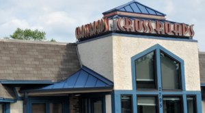 Crossroads Deli In Minnesota Might Become Your Go-To Spot For A Good Meal