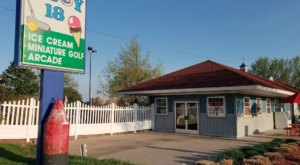 Play Mini Golf And Eat Delicious Ice Cream At Buoy 18 In Michigan