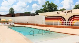 Nashville's Newest Retro Motel And Swim Club Is Straight From The 70's