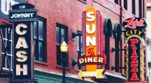 The Sun Diner Serves The Best Chicken And Waffles In Tennessee 24 Hours A Day