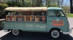 The Charming Book Bus In Cincinnati That Book Lovers Will Happily Follow Around