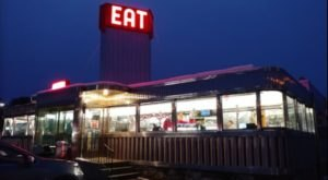 Connecticut's Old Lunch Car Diner Is One Of The Most Unique Places To Eat