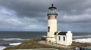 The Lighthouse Walk In Washington That Offers Unforgettable Views