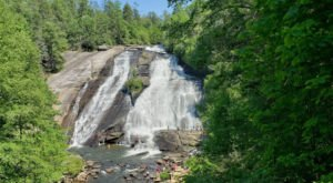 You Can See 4 Waterfalls In Just One Day Of Hiking In North Carolina