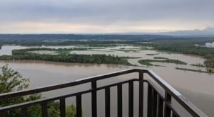 The Boardwalk Hike In Iowa That Leads To Incredibly Scenic Views