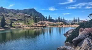 This Easy Hike In Utah Is Less Than Two Miles And Takes You To A Gorgeous Lake