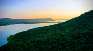 Sugar Loaf Mountain In Arkansas Has The First Nationally Designated Trail
