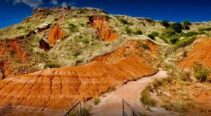 Hike The Gloss Mountain Stairway In Oklahoma For A Scenic Adventure