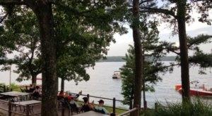 Janssen's Lakefront Restaurant In Arkansas Is Perfectly Peaceful