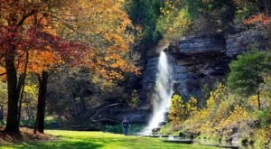 The Dogwood Canyon Waterfalls In Missouri Will Soon Be Surrounded By Beautiful Fall Colors