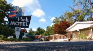 Revisit The 1950s With A Stay In This Eclectic Motor Lodge In North Carolina