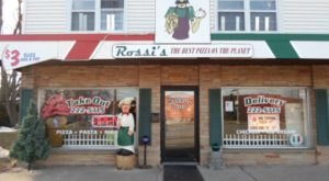 Rossi's Pizza And Vintage Arcade Is A One Of A Kind Restaurant In Wisconsin That's Fun For The Whole Family