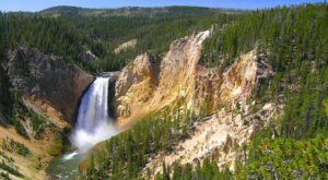 Artist Point Trail To Point Sublime Is A Beginner-Friendly Waterfall Trail In Wyoming That's Great For A Family Hike