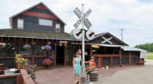 The Entire Family Will Love PC Junction, A Themed Restaurant In Wisconsin Where The Food Is Served By Train