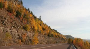 Take A 2-Hour Drive Through Minnesota To See This Year's Beautiful Fall Colors