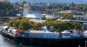 Add The Dungeness Crab & Seafood Festival In Washington To Your Fall Calendar