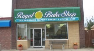 You Can't Pass Up The Donuts From The Royal Bake Shop In South Dakota
