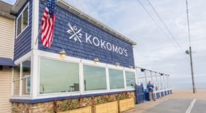 A Beachfront Eatery In Connecticut, Kokomo's Restaurant Is A Magical Place To Eat