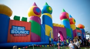 The World's Biggest Bounce House Is Coming To Florida & Even Adults Can Indulge