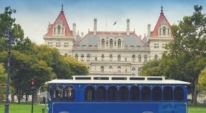 Take A One-Of-A-Kind Tour In New York With Historic Albany Trolley Tours