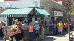 There's Nearly Always A Line At Pete's Hamburger Stand In Wisconsin