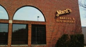 Sink Your Teeth Into Authentic Italian Pastries At Macri's Italian Bakery In Indiana