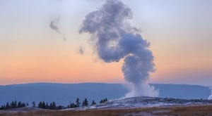 Two Tourists Have Been Arrested For Getting Dangerously Close To Yellowstone's Old Faithful