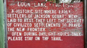 Discover The Haunted And Spooky Loon Lake Cemetery In Minnesota