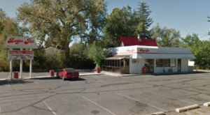 Visit The Burger Inn, The Retro Burger Joint In Wyoming That's Been Around Since 1966