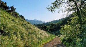 Glendora Is A Picturesque Southern California Town That's Packed With 32 Wilderness Trails To Explore