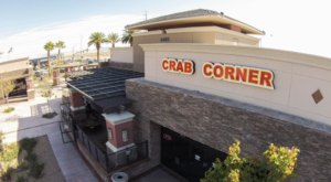 The Plates Are Piled High With Seafood At The Delicious Crab Corner In Nevada