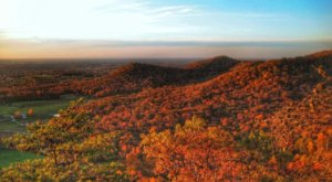 7 Fall Foliage Trails In Kentucky To Explore During Our State's Best Hiking Season
