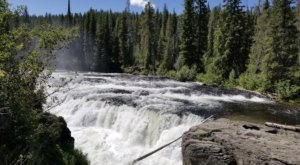 There's A Secret Waterfall In Idaho Known As Sheep Falls, And It's Worth Seeking Out