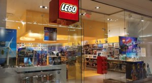 There's A Delaware Shop Solely Dedicated To LEGO In The Christiana Mall And You Have To Visit